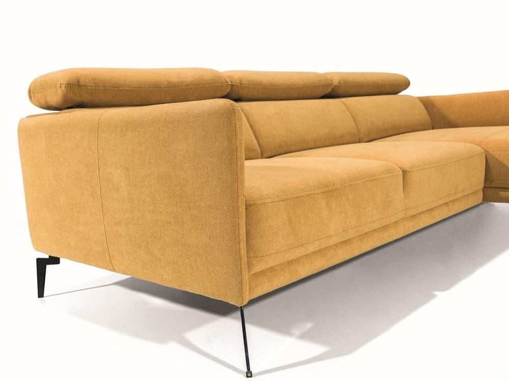 Siena chaiselong sofa - et lette metal sotr ben på klods hold