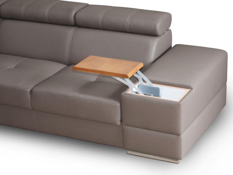 Ashley new u sofa vist med en hylde, hvor der kan placeres et bærbar