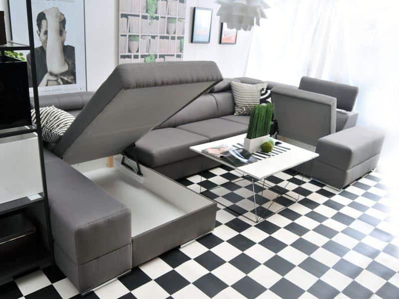 Ashley u sofa i sort farve vist med åben opbevaring