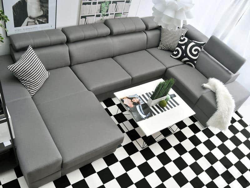 Ashley u sofa i sort farve vist toppen