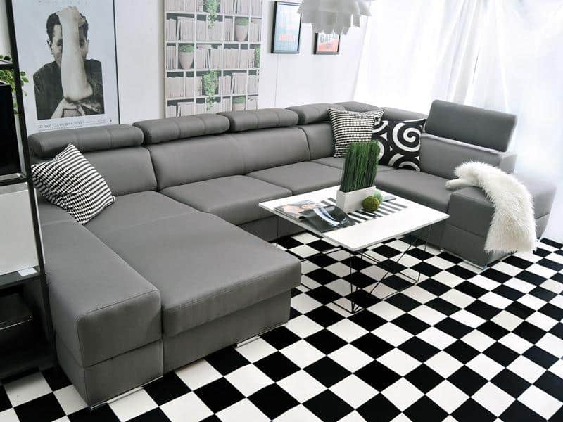 Ashley u sofa i sort farve vist fra højre side